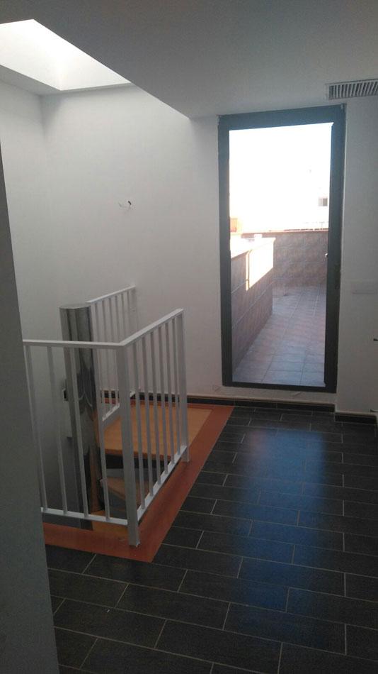 duplex en venta calle illes balears burriana pasillo1