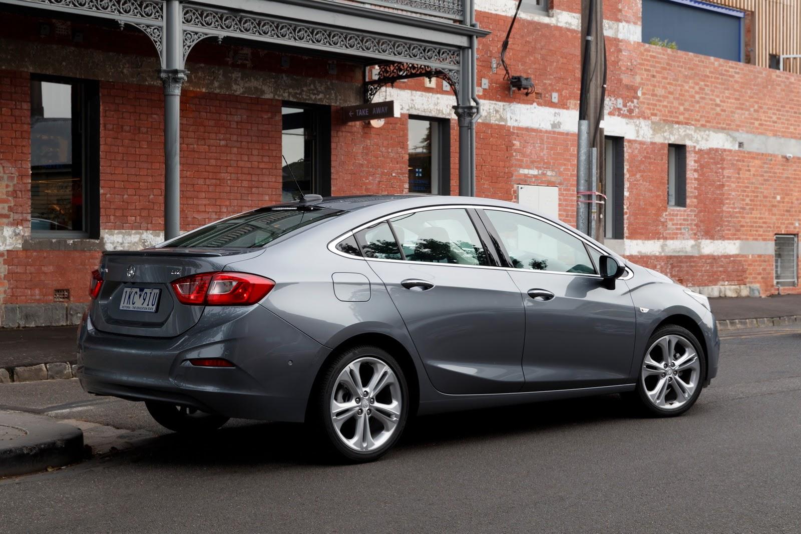 yeni opel astra sedan nasıl olabilir  sekiz silindir