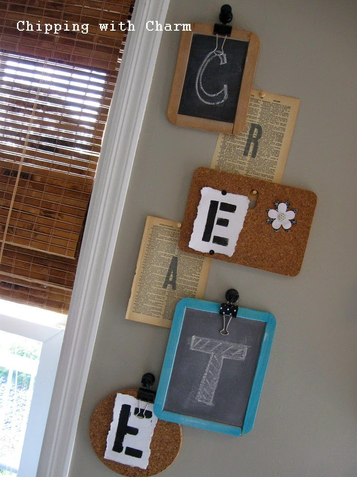 Chipping with Charm: Picnic Table Craft Station...http://www.chippingwithcharm.blogspot.com/