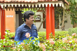 Ennodu Nee Irundhaal Tamil Movie Gallery  0035.jpg