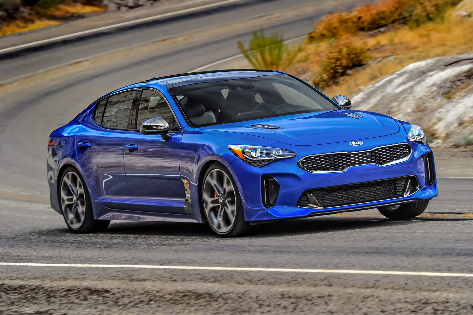kia drops new gallery of sexy new stinger v6 52 pics carscoops. Black Bedroom Furniture Sets. Home Design Ideas