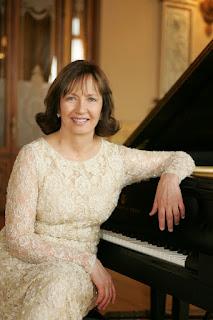 Eva-Maria-Zuk-pianista-polaca-nacionalizada-mexicana-reconocida-por-investigaciones-de compositores-felipe-villanueva-ricardo-castro-manuel-m-ponce