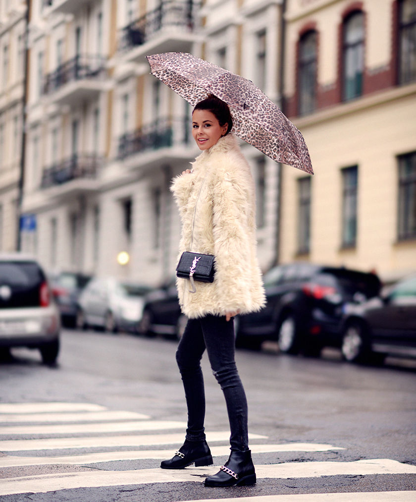 Annette Haga is wearing a fluffy jacket from H M. 14b90b869