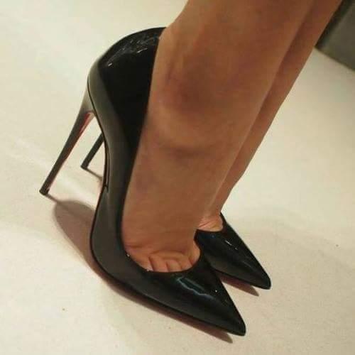 Black Dancers Wearing Toe Shoes