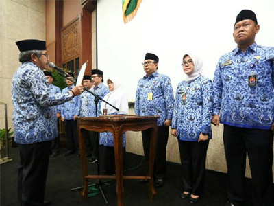Yossi Irianto Dilantik  sebagai Ketua Dewan Pengurus Korpri Kota Bandung 2017-2022