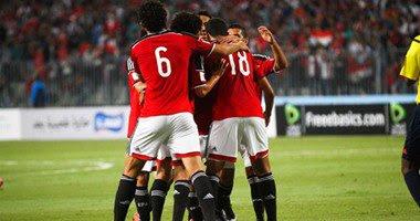 كوبر يصطحب لاعبا لمواجهة نيجيريا