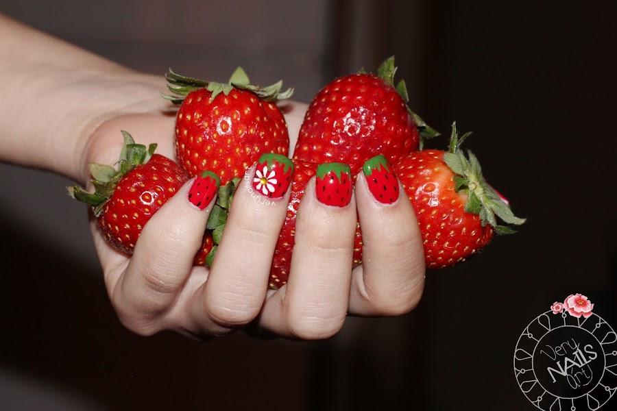 decoracion-unas-frutas-fresas