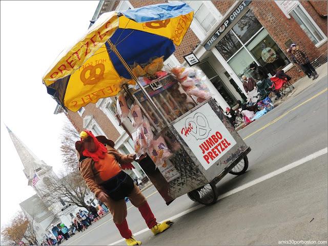 Pavo Comida Ambilante en el Desfile de Acción de Gracias en Plymouth