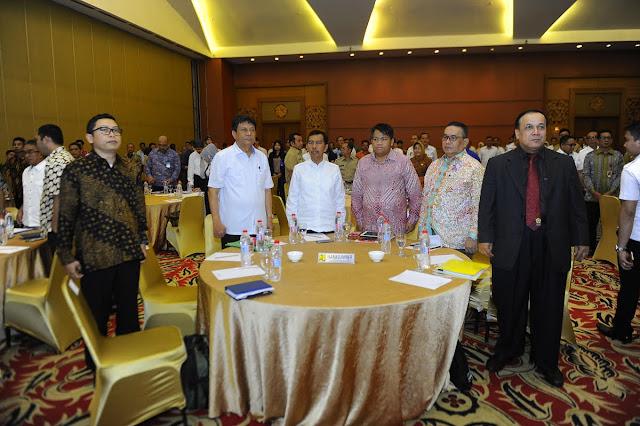 Ishak Mekki Buka Forum Investasi Infrastruktur PUPR