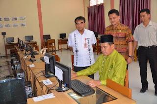 Hadapi UNBK Kota Pariaman Siapkan 600 Unit Komputer.