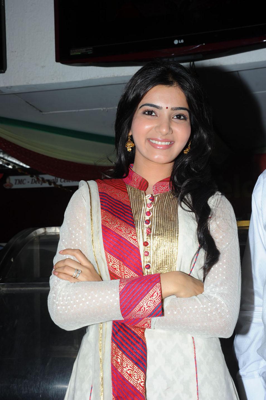 Vijay Cute Wallpapers Telugu Cinema Wallpapers Samantha Cute Photos Actress
