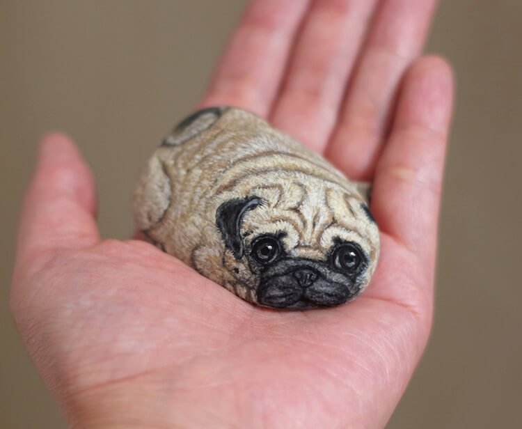 Artist Turns Stones Into Adorable Miniature Animals