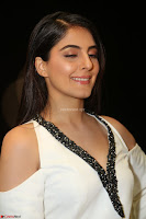 Isha Talwar Looks super cute at IIFA Utsavam Awards press meet 27th March 2017 18.JPG