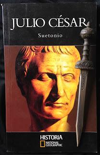 Portada del libro Julio César, de Suetonio