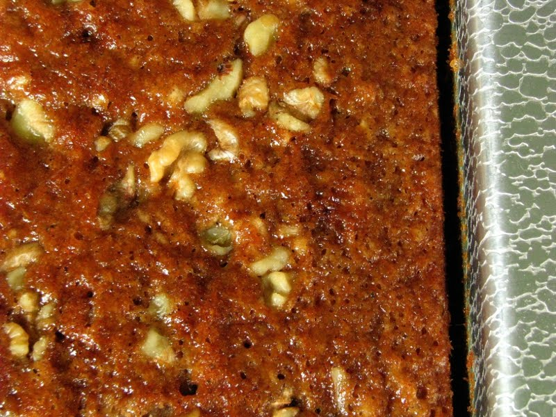 Simple Applesauce Cake Recipe