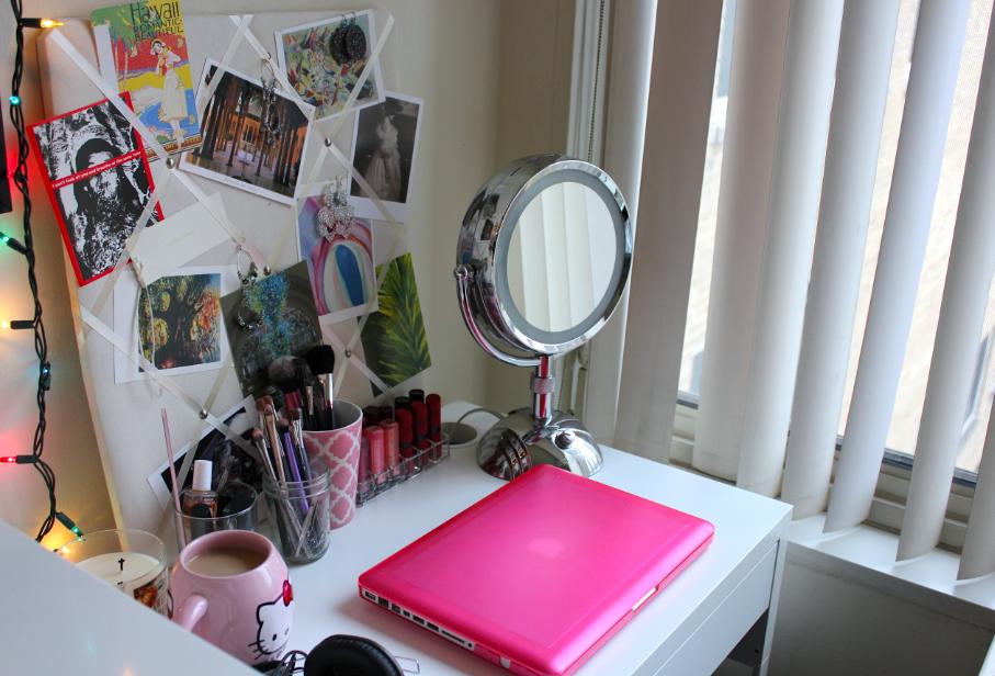 Makeup desk ikea