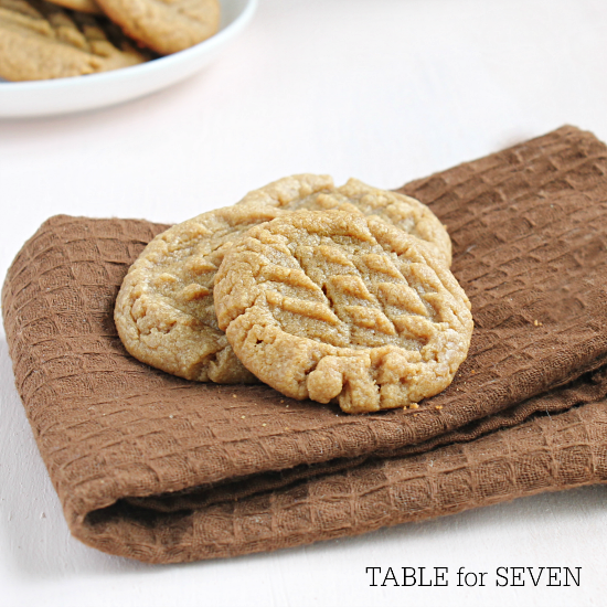 The Easiet Peanut Butter Cookies Ever