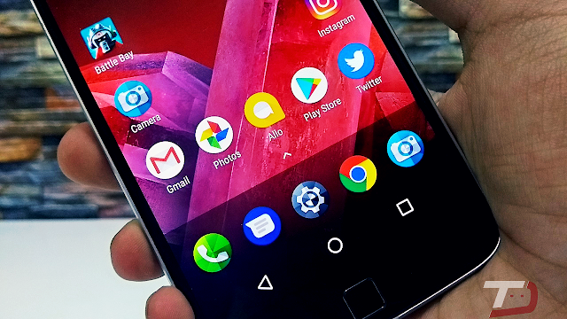 Download Moto Z2 Play Pixel-Like Launcher with Google Now Integration