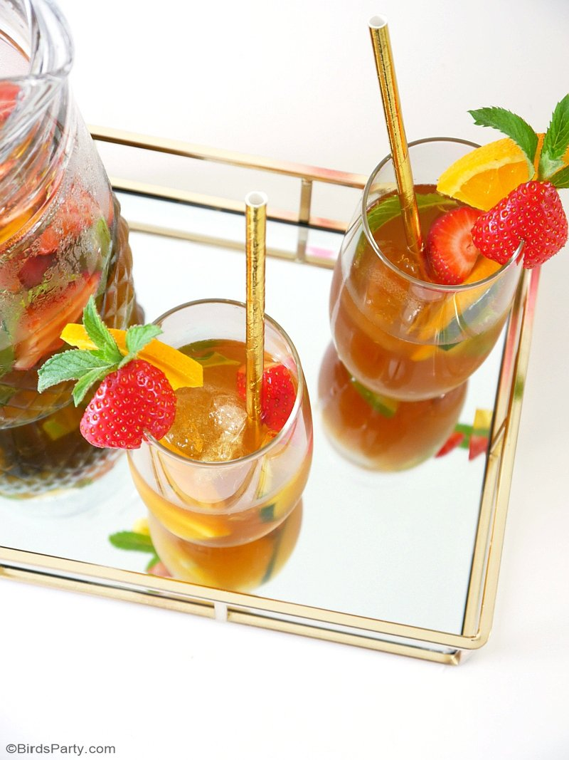 Pimm's No. 1 Cup Cocktail Recipe - a delicious, refreshing, big-batch cocktail that is so easy to make and  perfectly suited to any summer party! by BirdsParty;com @birdsparty #cocktail #pimmscocktail #pimmsnumberonecup #britishdrink #summercocktail #cocktailrecipe