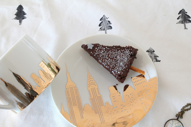 Merry and be New York Christmas Coffee with Frau Heuberg Christmas Tree Brownies