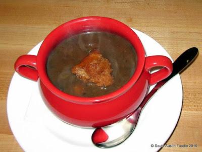 Vinaigrette Austin -- mushroom soup