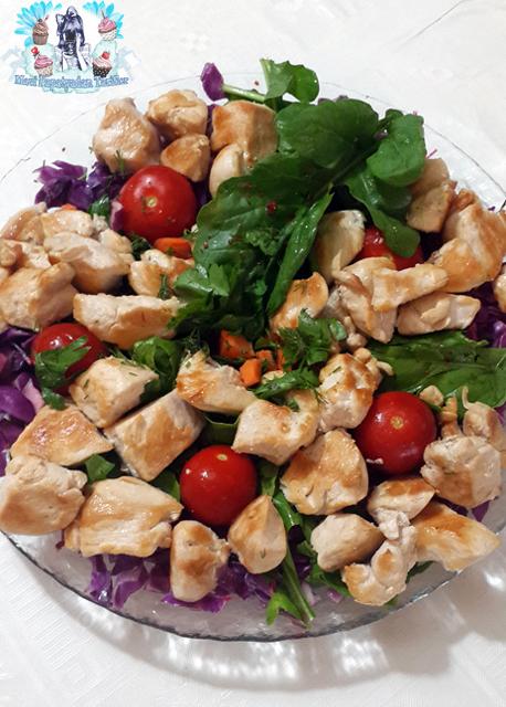 diyet izgara tavuk salata, izgara tavuk salata tarifi, ızgara tavuk