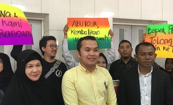 Agen Abu Tours Minta Dewi Gita dan Armand Maulana Dukung Usahanya