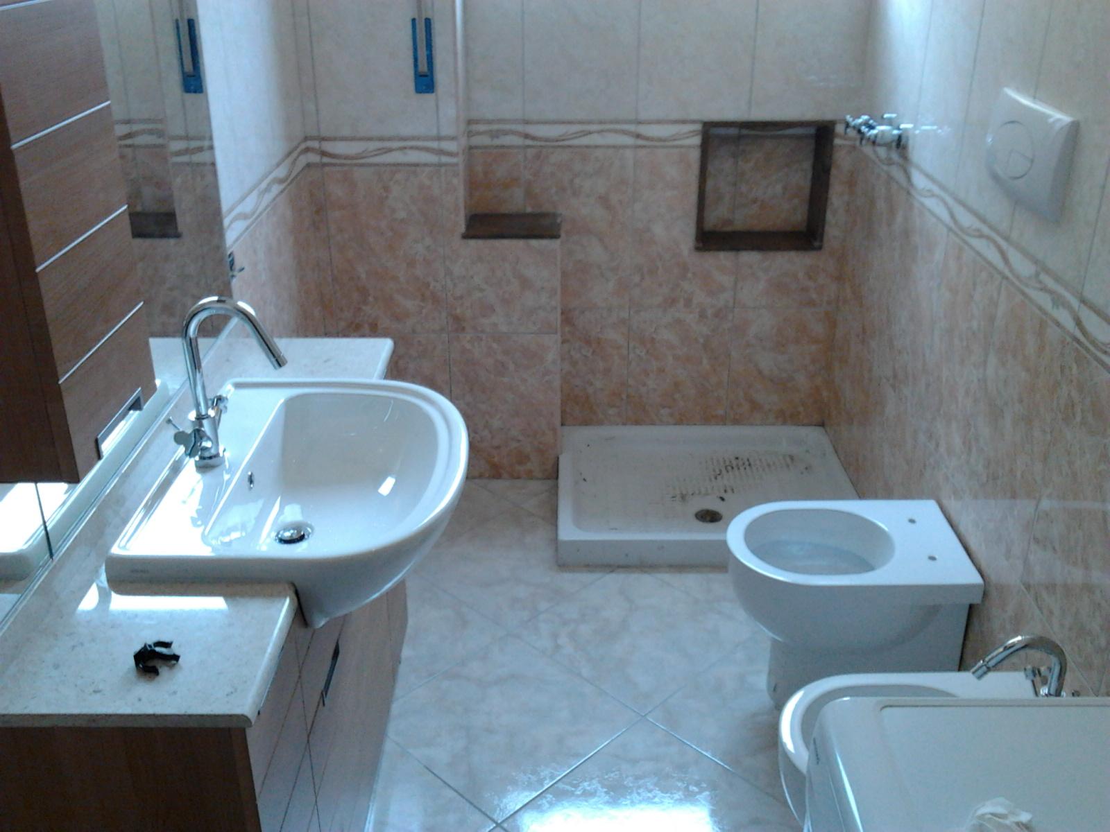 Il blog dell 39 idraulico sanitario bagno - Disposizione piastrelle bagno ...