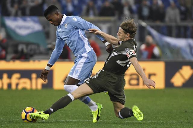Lazio e Milan fizeram um confronto disputado na capital italiana (Foto: Andreas Solaro/AFP)