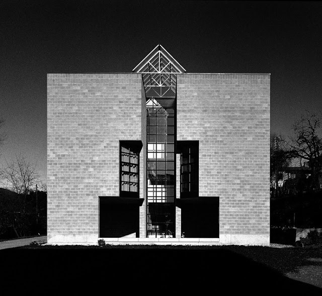 The Sampietro House – Mario Botta