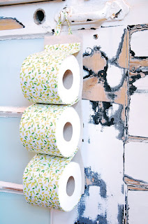 http://www.eternalmaker.blogspot.co.uk/2016/01/toilet-roll-holder-tutorial.html