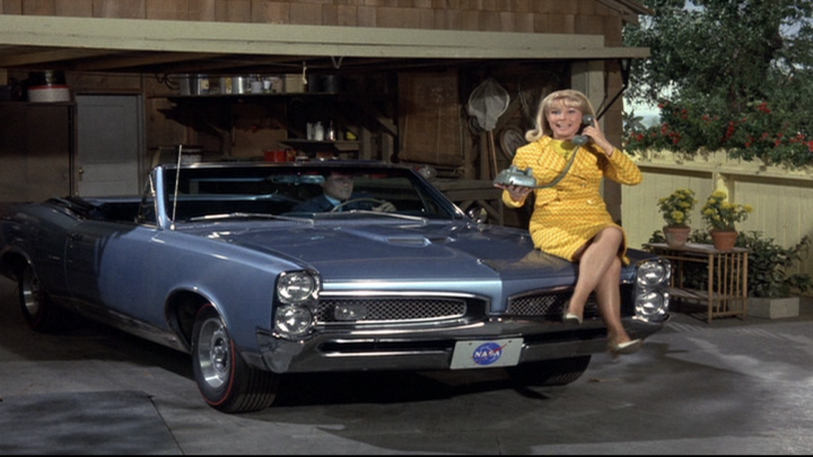 Cars Used In I Dream Of Jeannie