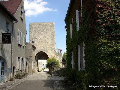 Charroux, Allier