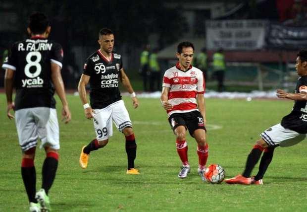 Madura United vs Bali United
