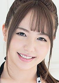 Actress Shizuku Asahi