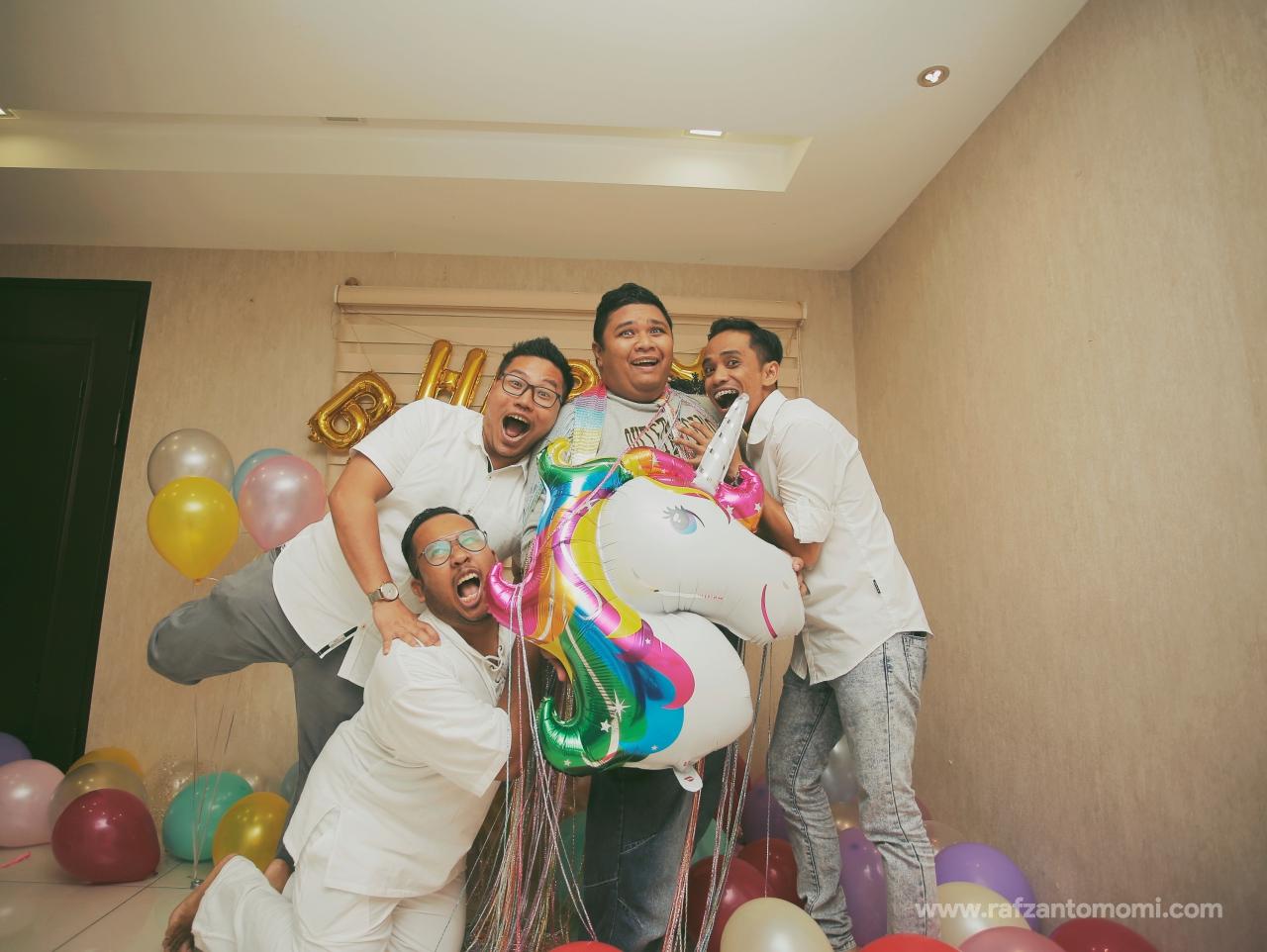 MOMI SURPRISE BIRTHDAY PARTY