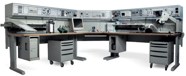 Рабочее место инженера электронщика какие бывают столы и приборы описание и фотографии