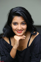 Deepthi Shetty looks super cute in off shoulder top and jeans ~  Exclusive 10.JPG
