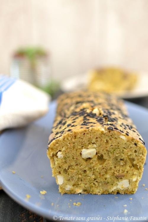 Cake aux olives vertes et fêta à l'omnicuiseur vitalité 6000