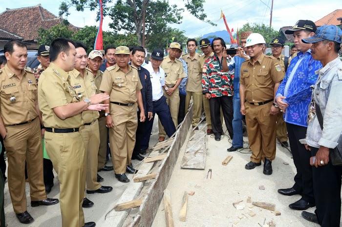 Gubernur Lampung : Dinas PU PR Akan Menangani Ruas Jalan Provinsi Hingga Tuntas Tahun 2018