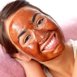 masque de tomate faite maison pour la peau du visage conseils de beaut. Black Bedroom Furniture Sets. Home Design Ideas