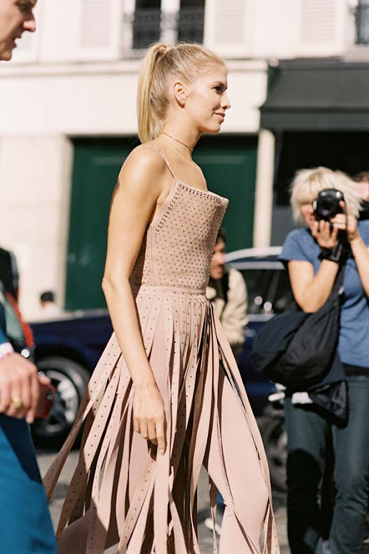 Elena-Perminova-style-at-Paris-Fashion-Week-Spring-Summer