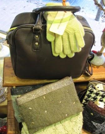 Bolso, guantes y carteras de punto