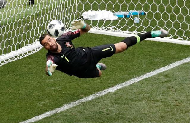 """Video Bồ Đào Nha - Morocco: Ronaldo rực sáng, """"người nhện"""" siêu đẳng (World Cup 2018) 2"""