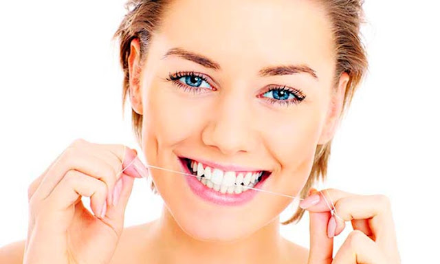 White Smile: 4 Good and Bad Things For Your Teeth