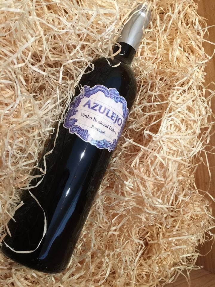 Azulejo vinho tinto agrad vel e atrevido vinhos sem for Marcas azulejos