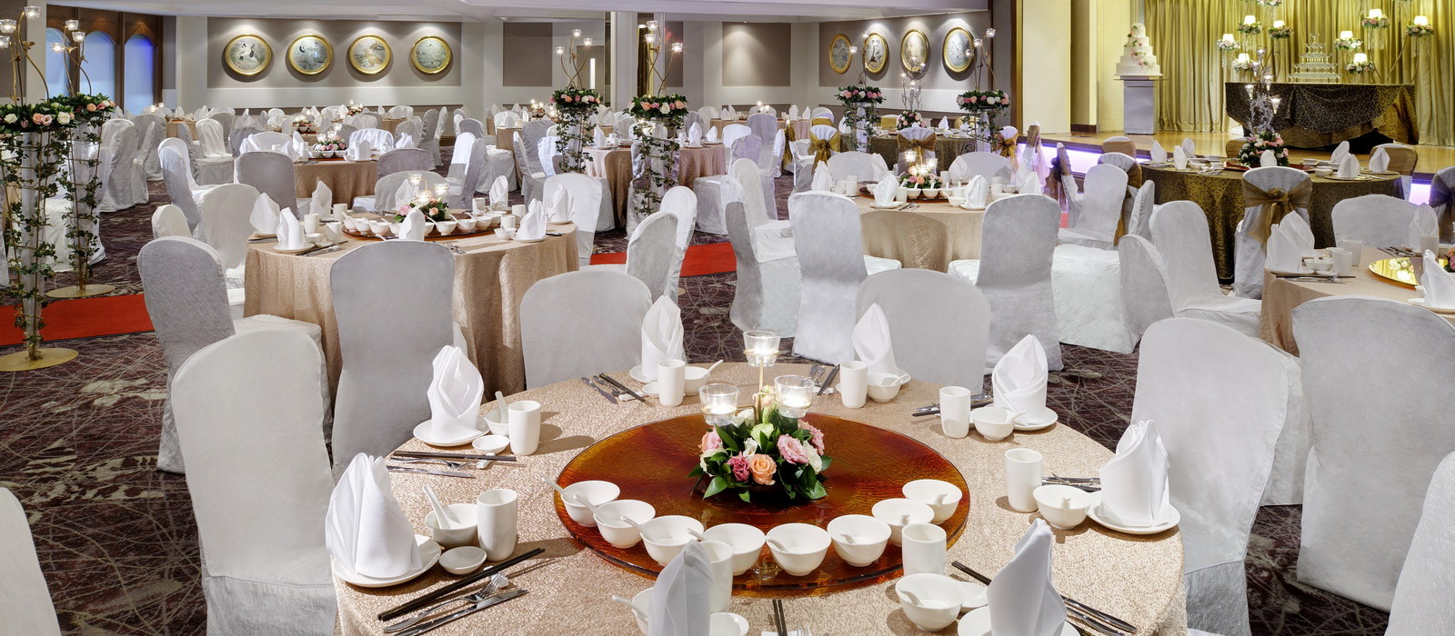 Finding Colours Love And You Wedding Banquet