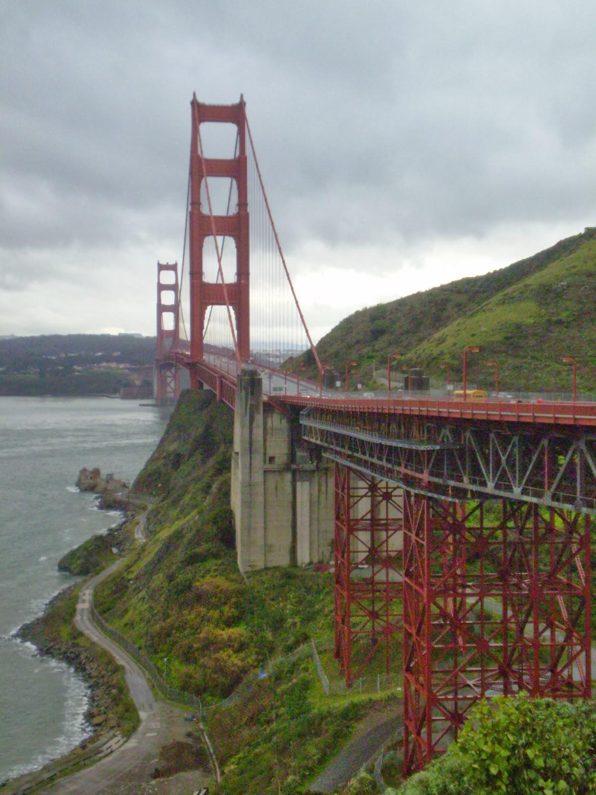 live learn shine on the golden gate bridge  construction