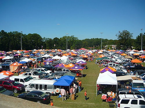 A Guide To A Clemson Weekend For Louisville Fans And Their