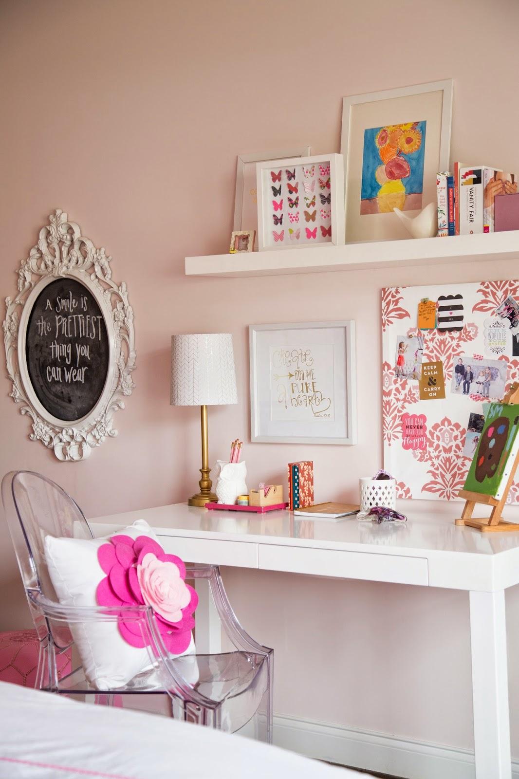 Darling Darleen Tween Girl Pink Coral Bedroom